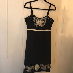 Anthro MOULINETTE SOEURS size 6 embroidered dress